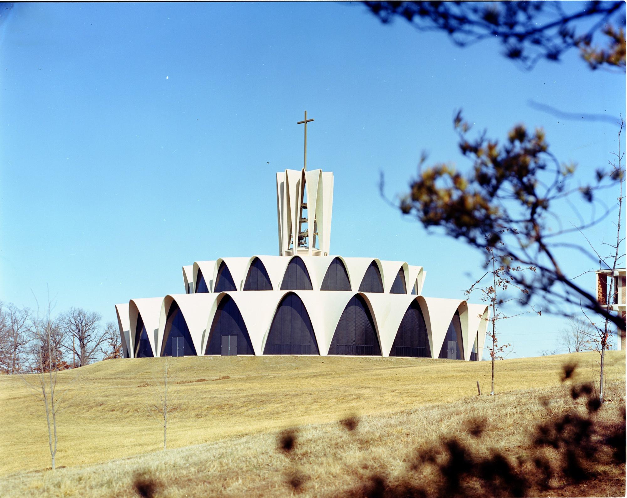 St  Louis Priory Church, 530 South Mason Road