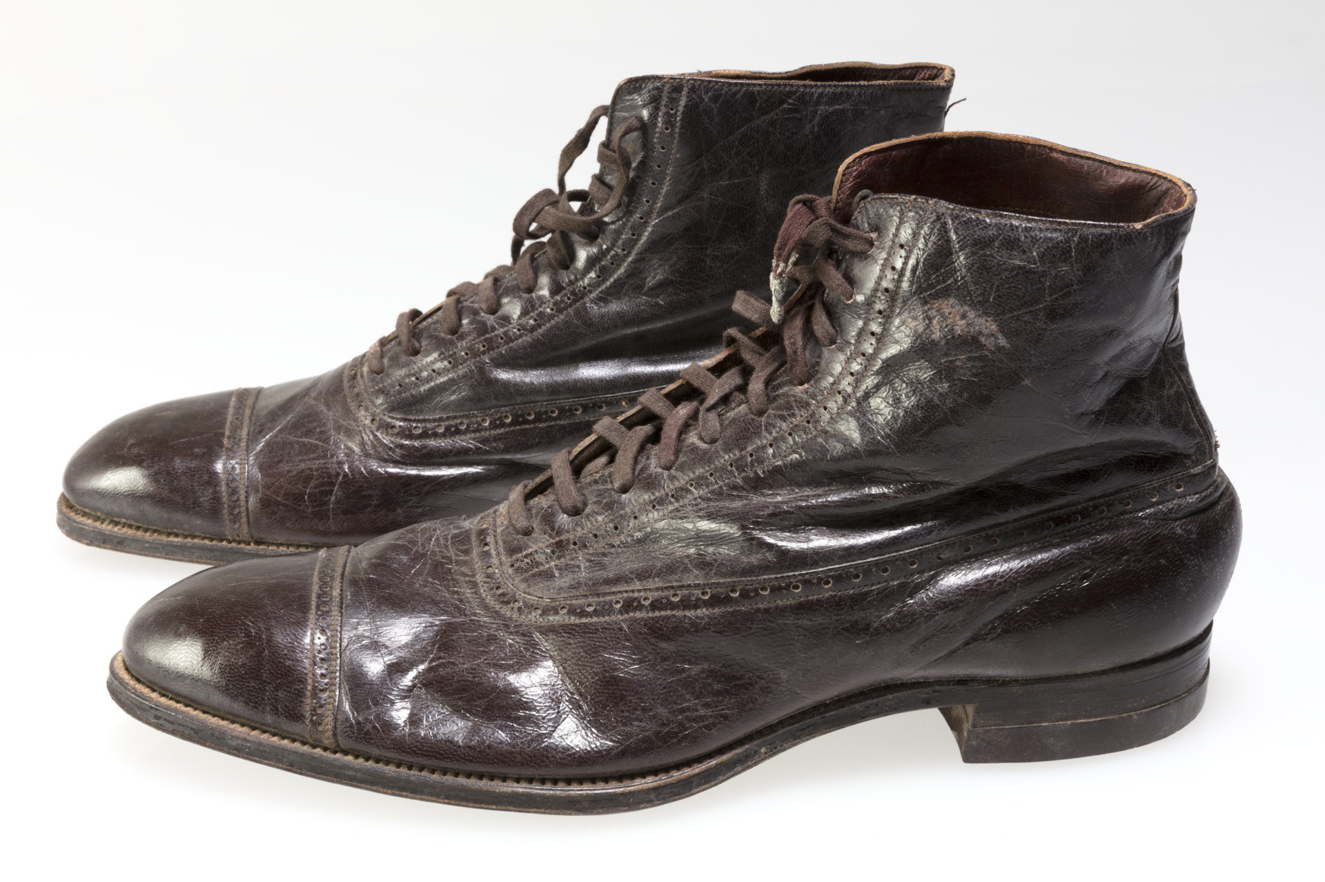 bf74b98fc8c Shoes and St. Louis: A Heel-to-Toe Tale | Missouri Historical Society